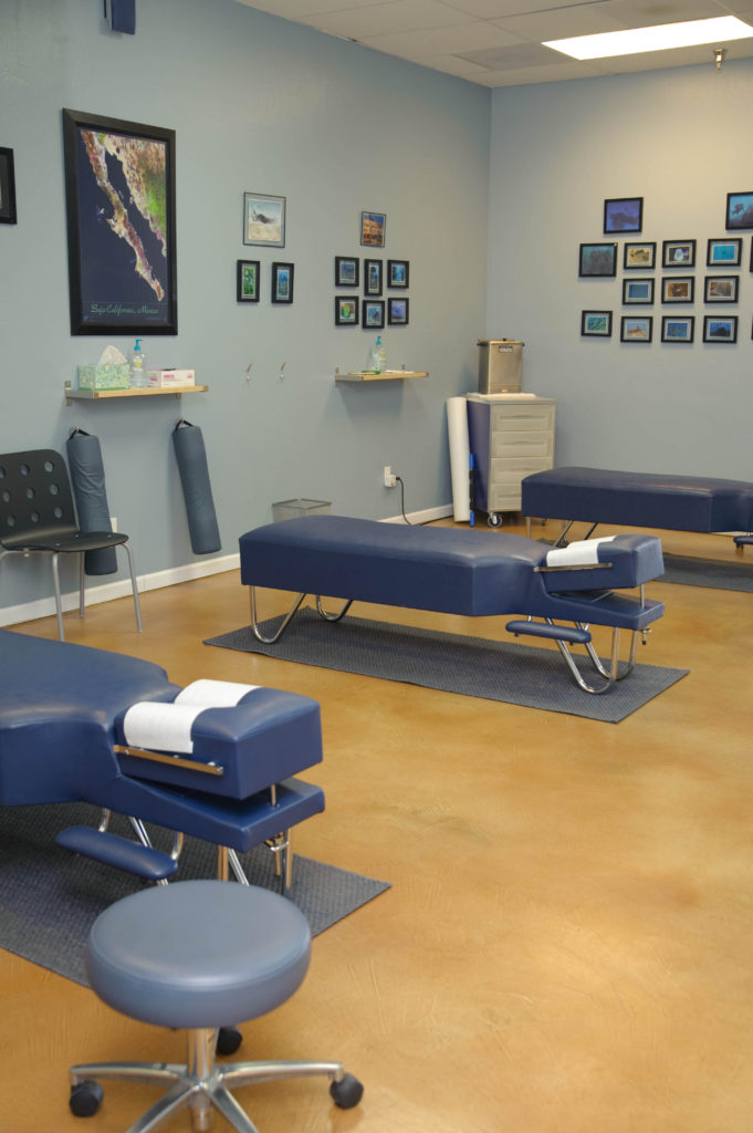 chiropractor-2832x4256